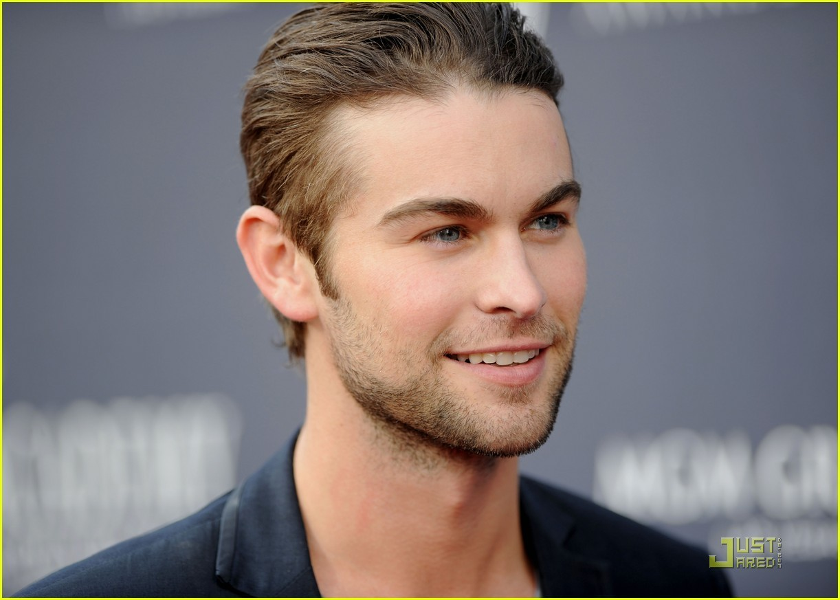 chace crawford 18 years old